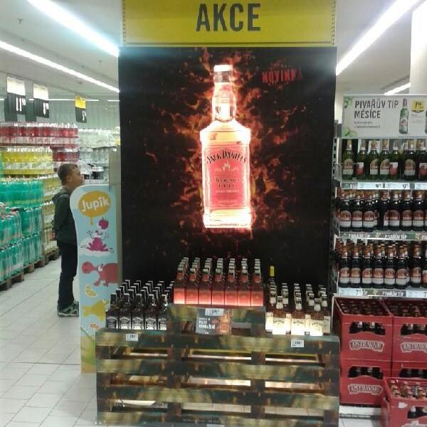 TZ | Ocenění Top in store realizace měsíce září 2015 získal Jack Daniel´s Fire