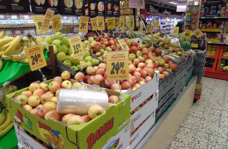 Tržní podíl menších obchodníků s potravinami klesá