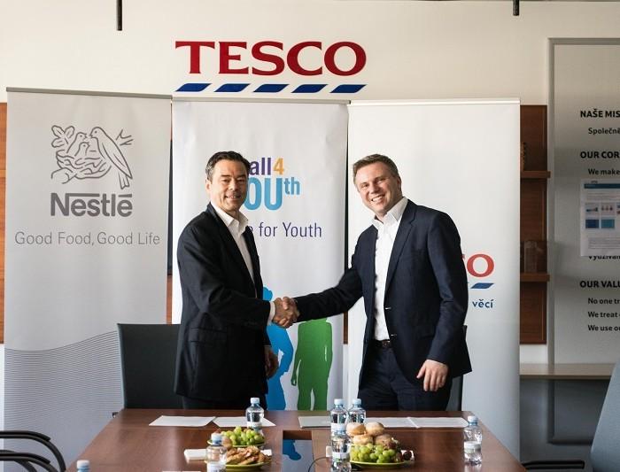 Společnost Tesco se připojila k Alianci pro mladé