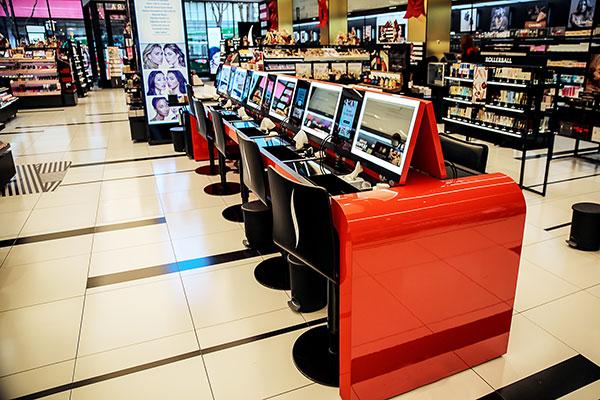 Nové retailové obchody Sephora nyní využívají YouTube
