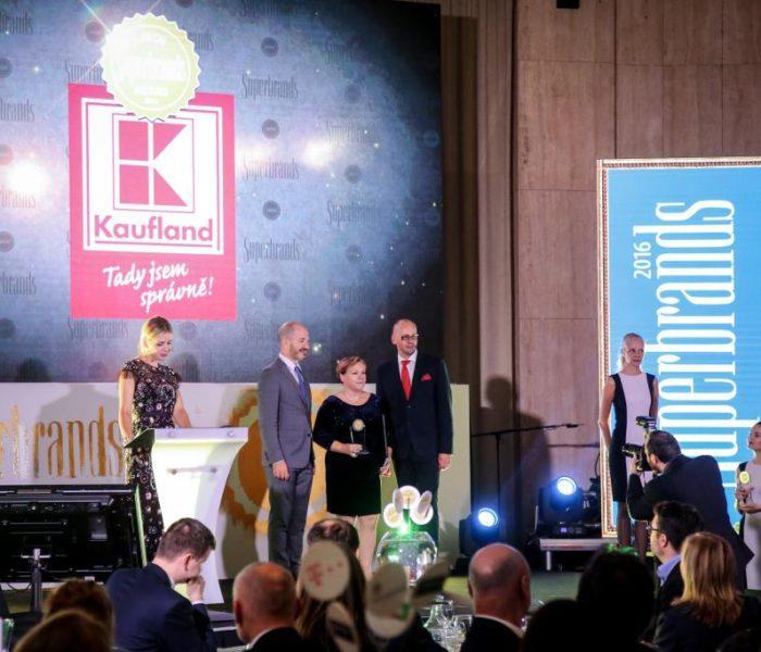 Kaufland je potřetí nositelem titulu Superbrands
