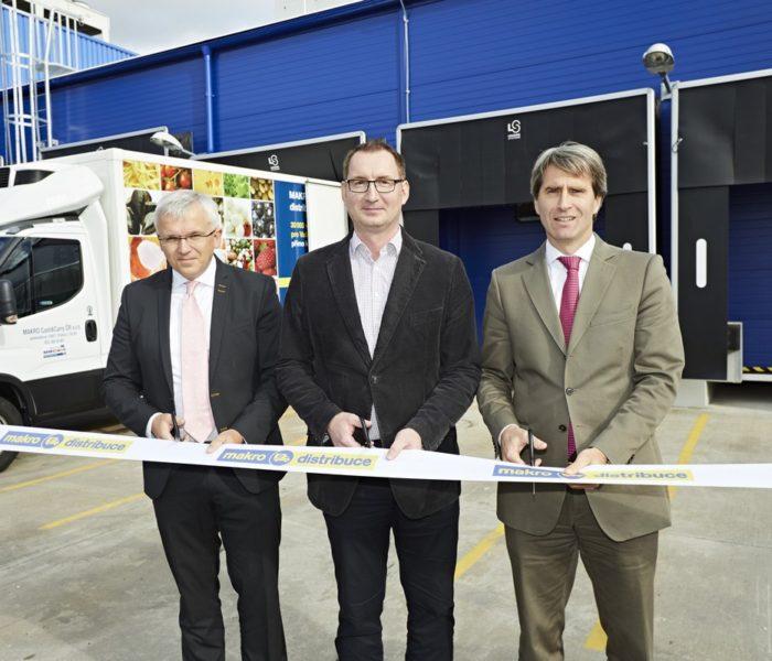 MAKRO slavnostně otevřelo v Plzni nové centrum pro přímou distribuci