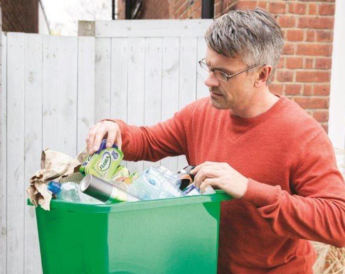 Unilever se zavázal do roku 2025 zavést stoprocentně recyklovatelné plasty do svých obalových materiálů
