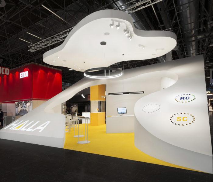 Společnost HALLA na EuroShopu představila nová retailová svítidla