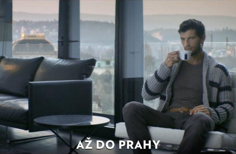 Mezinárodní reklamní kampaň společnosti LAVAZZA ukazuje fenomén kávy jako první sociální síť