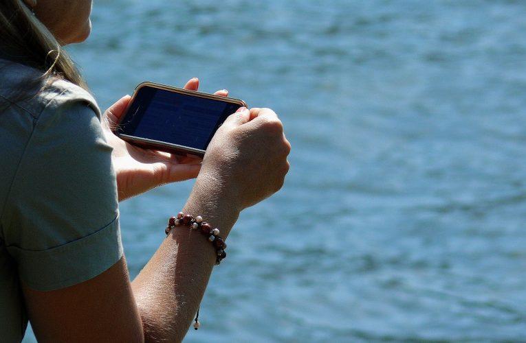 Po konci roamingu Češi razantně zvýšili používání mobilního internetu
