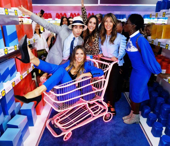 Heidi Klum a Lidl představili první společnou kolekci na velkolepé módní  přehlídce v New Yorku f59a2088f1