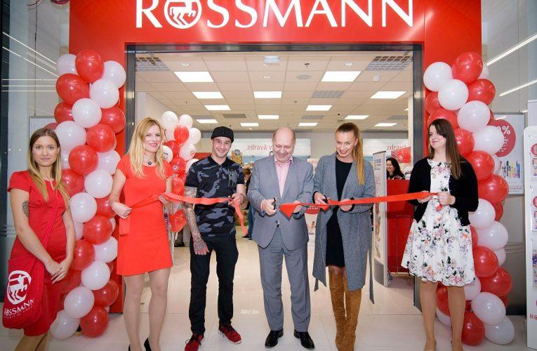 Otevření prodejny ROSSMANN v OC LUKA