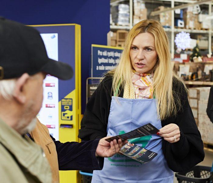 MAKRO navyšuje mzdy na prodejnách