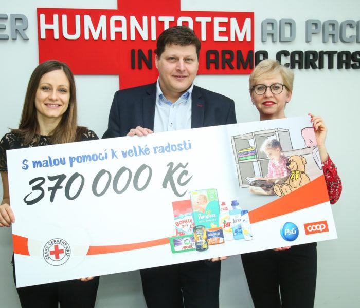 Díky kampani S malou pomocí k velké radosti pomůže Český červený kříž dětem v nouzi