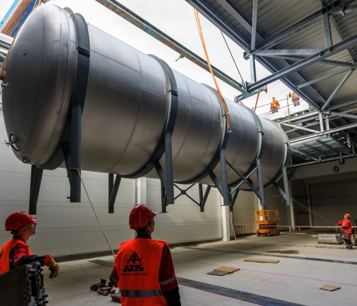 Budějovický Budvar zahájil montáž tanků v novém ležáckém sklepě