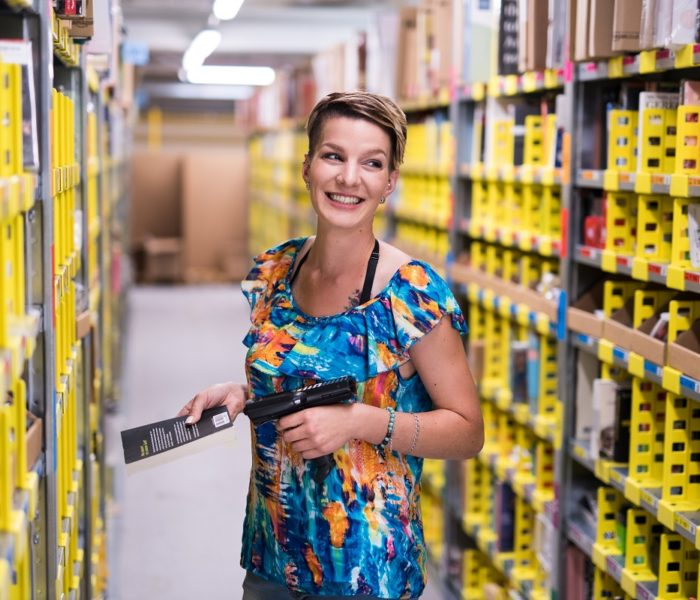 Amazon otevírá dveře svého distribučního centra veřejnosti