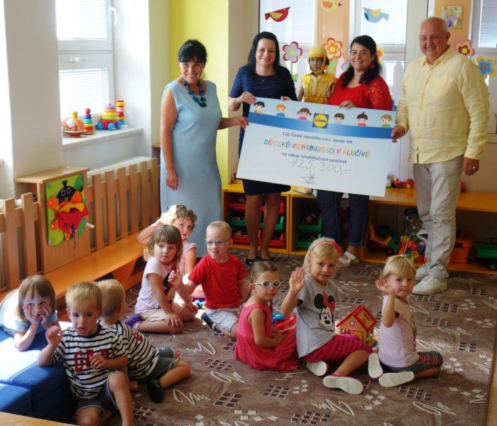 Dětská rehabilitace v Hlučíně získala 125 300 Kč