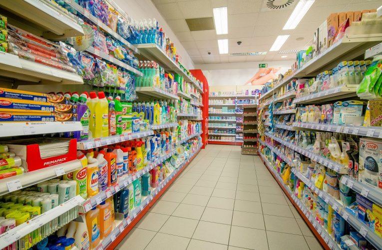 Kosmetice se stabilně daří v kamenných prodejnách
