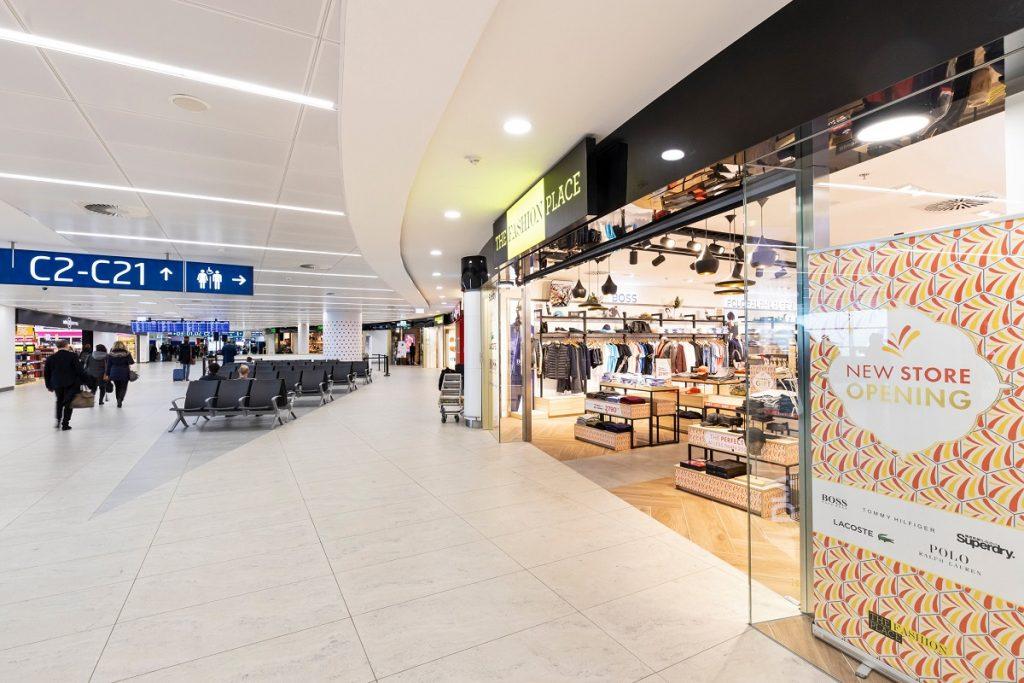 """0e7b727c3 """"Jsme rádi, že jsme se mohli podílet na vytvoření nové komerční zóny na  Terminálu 2. Nabídka módy a doplňků v našich prodejnách The Fashion Place  je šitá na ..."""