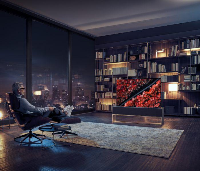 LG uvádí první OLED televizor s ohebnou obrazovkou
