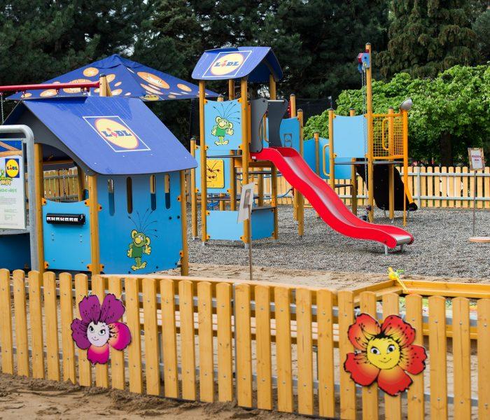 Rákosníčkovo hřiště v Prachaticích otevře Michal z Kouzelné školky v neděli 11. srpna