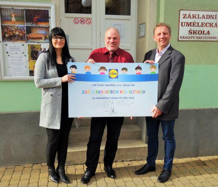 ZUŠ Kralupy nad Vltavou získala od Lidlu 117 450 korun