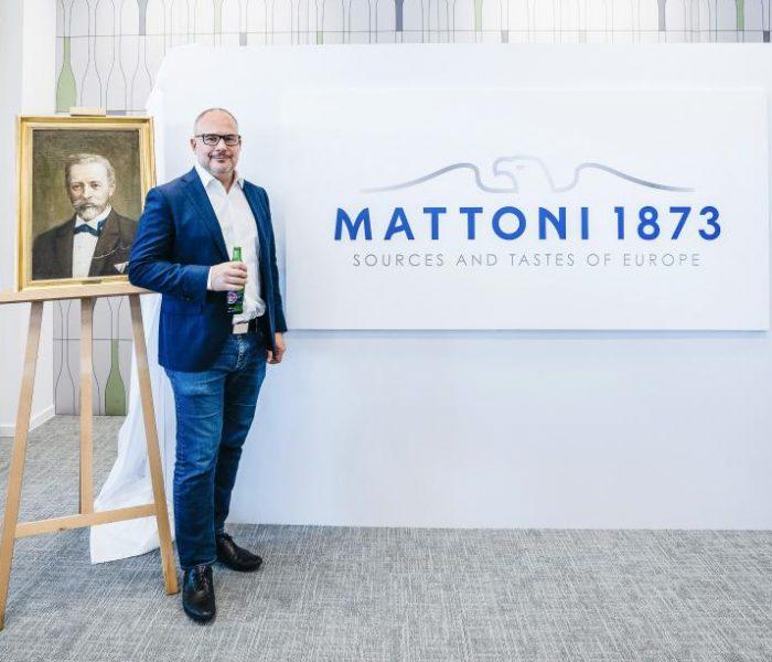 """Karlovarské minerální vody přijímají novou identitu: """"Mattoni 1873″"""