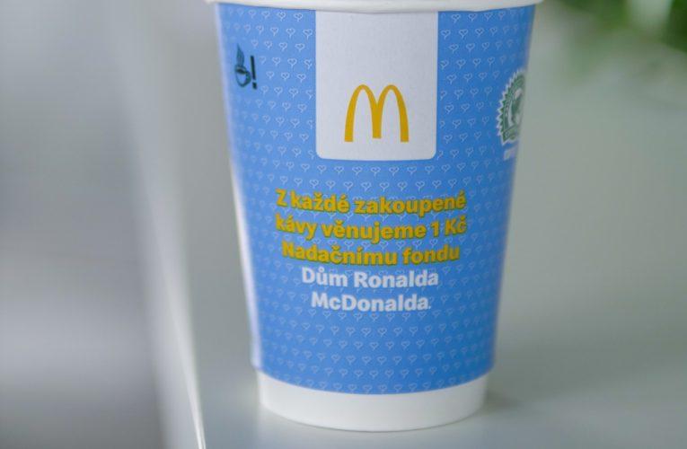 """Od září každou kávou z """"Mekáče"""" přispíváte na Dům Ronalda McDonalda"""