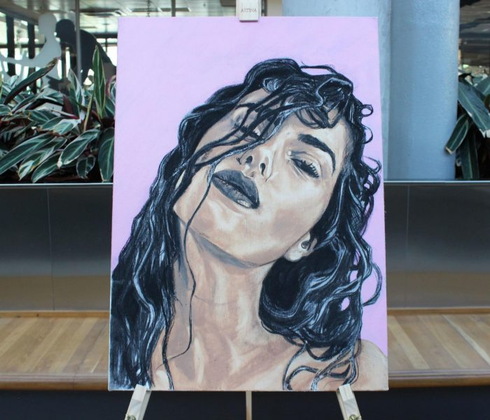 15 portrétů vytvořené make-upem Avon