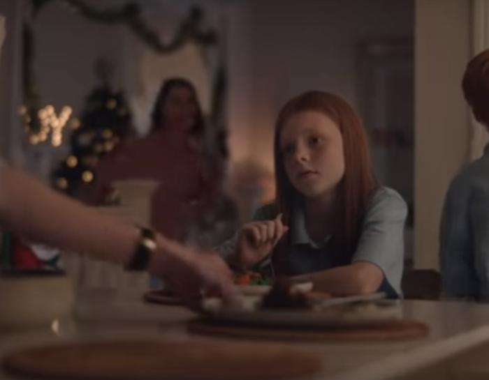Australská vánoční reklama obchodního řetězce Myer s názvem Vánoce jsou tam, kde jsme