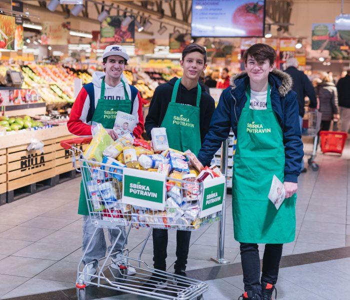 V podzimním kole Sbírky potravin vybrala BILLA téměř 35 tun potravin a drogerie