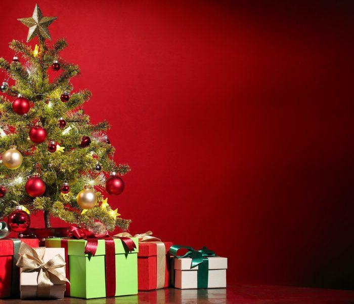 Za vánoční dárky letos Češi utratí přes 7 tisíc korun