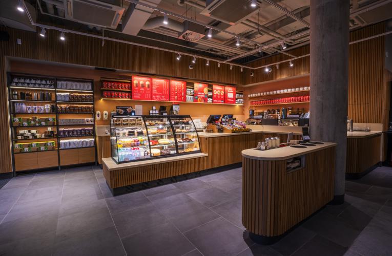 V Quadriu na Národní třídě se otevřela Vaše farma a Starbucks