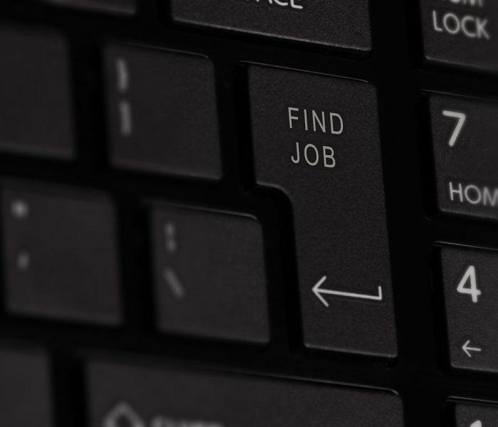 Muži hledají jinou práci kvůli nespokojenosti se stávajícím zaměstnavatelem, ženy kvůli lepším podmínkám