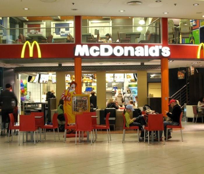 Všechny restaurace McDonald's vČesku jsou nyní franšízami