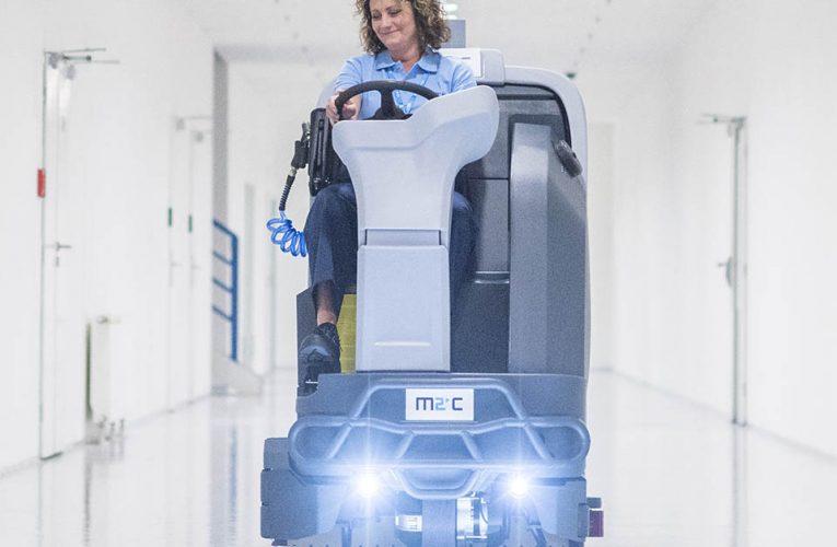 Společnost M2C nabízí firmám stabilní chod objektů v případě hrozeb koronaviru a provádí i jejich důkladný úklid a dezinfekci