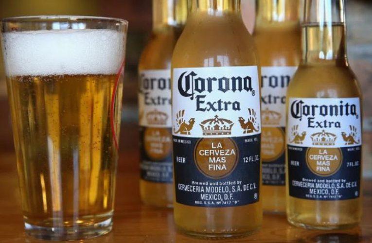 Koronavirus nutí značku piva Corona zastavit v Mexiku výrobu