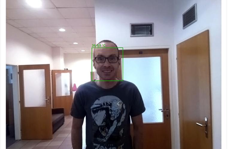 Česká firma vyvinula levnější termokamery sumělou inteligencí vhodné i do retailu