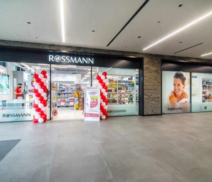 Drogerie ROSSMANN míří do designových prostor kancelářských budov Churchill