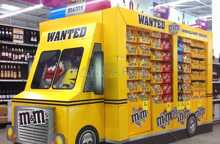 Kamión plný sladkostí
