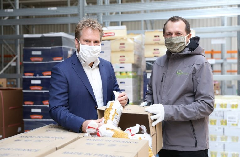 Tesco darovalo 125 tun trvanlivých potravin lidem v nouzi