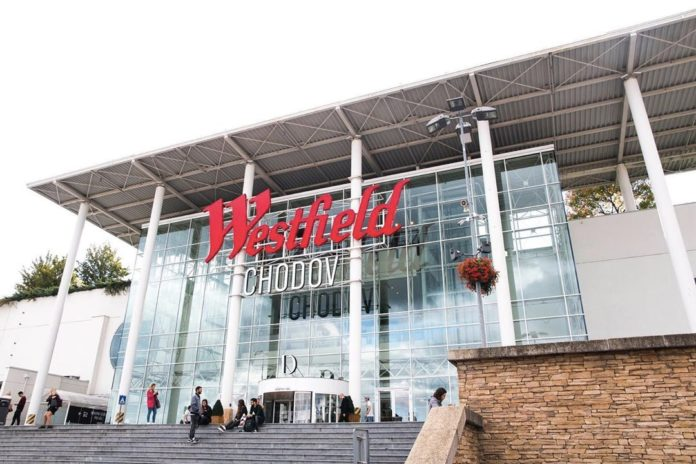 """Pražské centrum Westfield Chodov dosáhlo nejvyšší úrovně v oblasti HSE a získalo certifikaci s označením """"Safe & Healthy Places"""""""