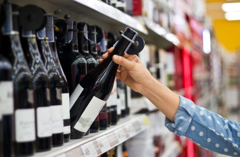 Podle čeho spotřebitelé vybírají víno? Příběh a obal prodává