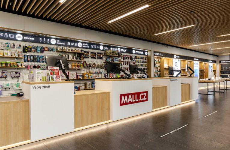 Zákazníci u MALLu zatím nepanikaří