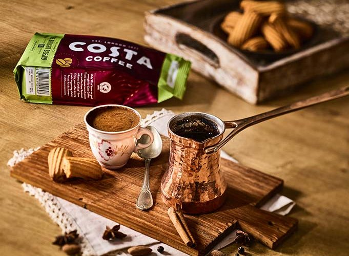 Coca-Cola uvádí na český trh produkty slavné světové značky Costa Coffee