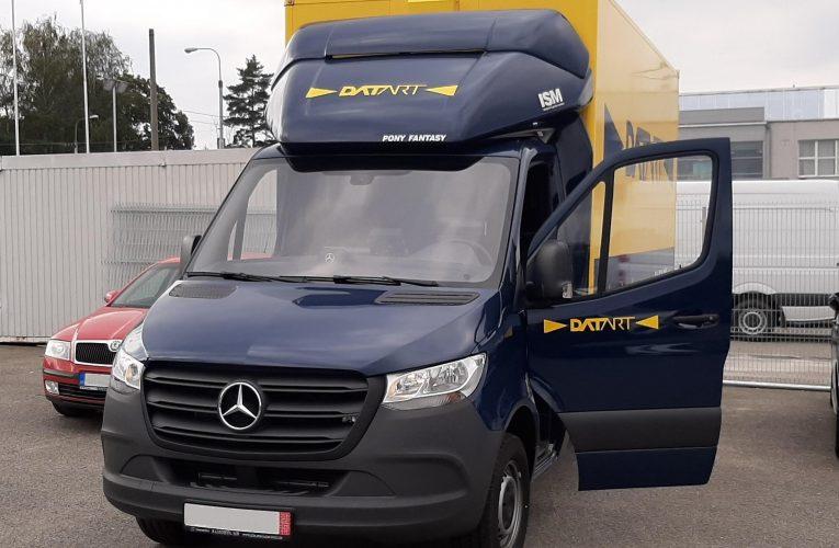 DATART posiluje vlastní dopravu a chystá se na vánoční nápor