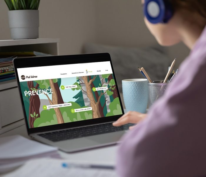 dm drogerie spouští ve spolupráci s Akademií věd web o boji s kůrovcem