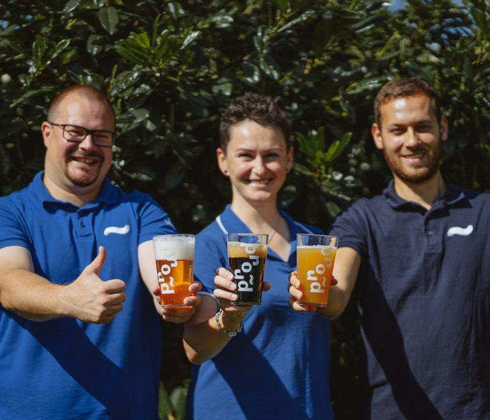 Plzeňský minipivovar Proud vrámci Pink Boots Collaboration Brew Day uvaří speciální várku piva Hazy IPA