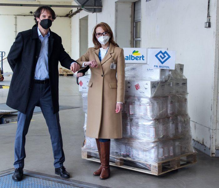 Albert daruje dětským domovům a nemocnicím dezinfekci vhodnotě 3000000 korun
