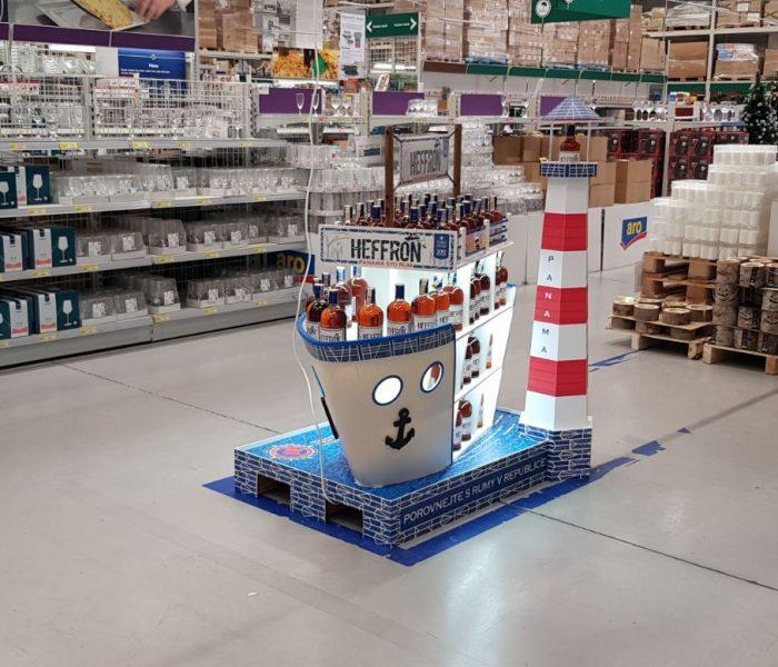 Loď Heffron