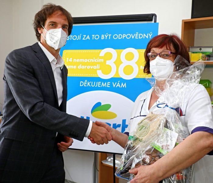 Albert daroval nemocnicím v uplynulých 14 měsících 38 tun občerstvení