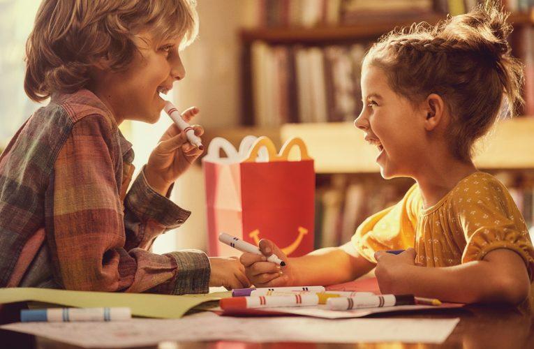Konec plastovým hračkám v Happy Meal