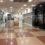 Sněmovna odsouhlasila uzavření větších obchodů na 7 státních svátků